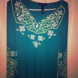Cute turquoise long sleeve patterned tunic